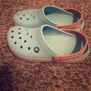 Crocs blue & pink in womens size 8